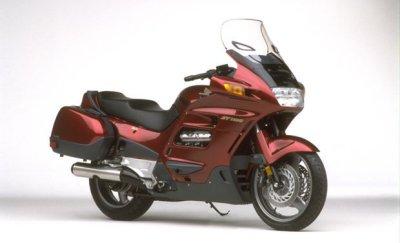 Honda ST 1100 Pan-European STD/ST 1100 Pan-European CBS-ABS with TCS
