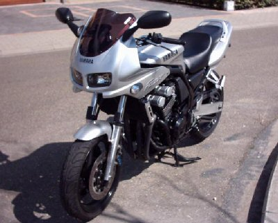 Yamaha FZS 600 S