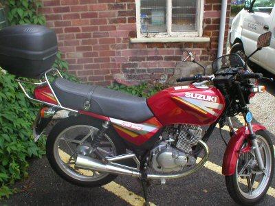 Suzuki GS 125 ES