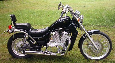 Suzuki VS 600 GLF Intruder