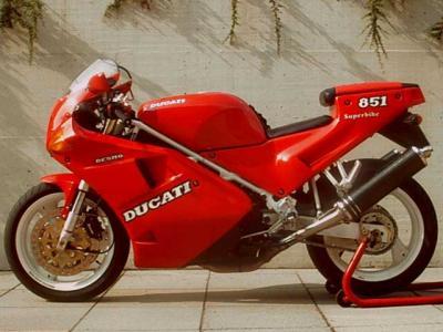 Ducati 851 Strada