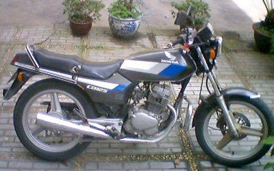 Honda CB 125 T 2